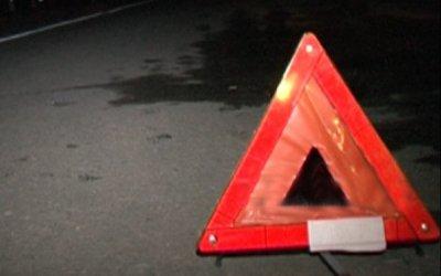 Водитель погиб в опрокинувшейся иномарке в Ленобласти