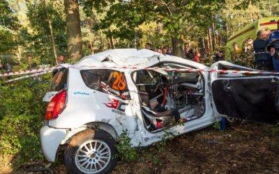 Ралли «Санкт-Петербург-2018» было остановлено из-за аварии, экипаж в тяжелом состоянии в больнице
