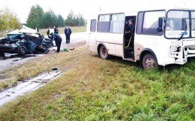 ВМарий Эл в ДТП с автобусом погиб человек