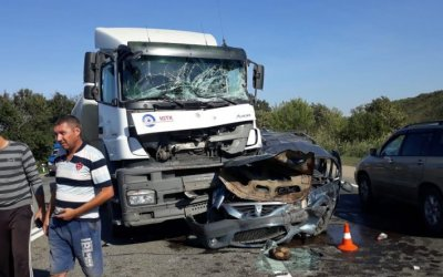 Цементовоз протаранил четыре легковушки под Краснодаром – погиб человек