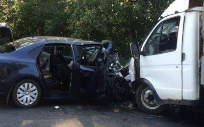 В Татарстане в лобовом ДТП погибла пассажирка иномарки