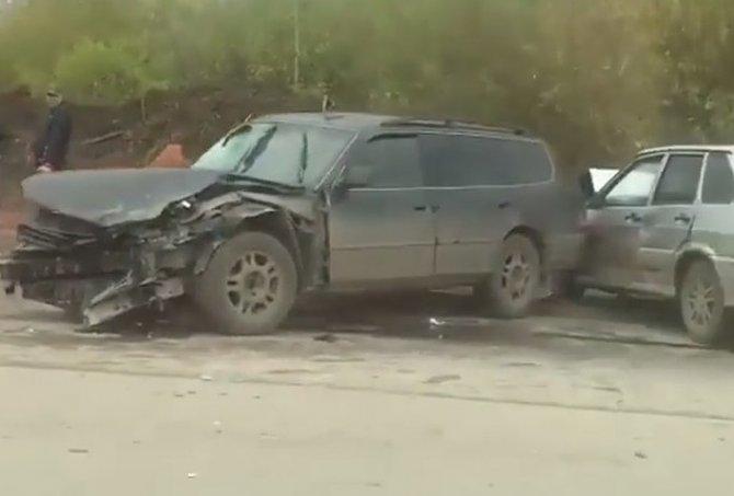 В Перми водитель насмерть сбил пенсионерку и устроил массовое ДТП (1)