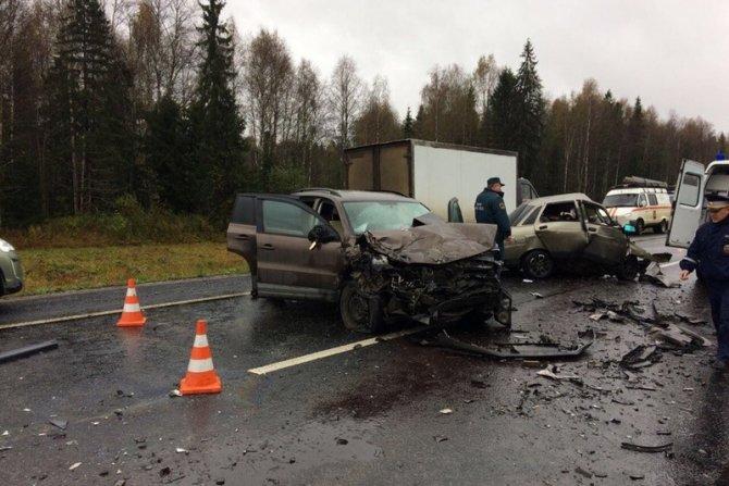 Трое погибли в ДТП в Вологодской области (4)
