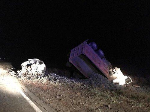 Водитель иномарки погиб в ДТП с грузовиком в Оренбургской области (2)
