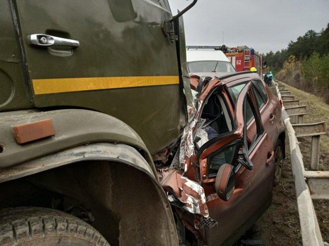 Три человека погибли в ДТП на Екатеринбургской кольцевой дороги (3)