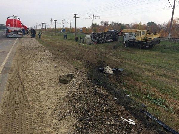 Водитель легковушки погиб в ДТП в Краснодарском крае (2)
