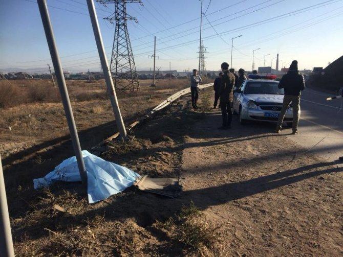 В Бурятии пассажирка автобуса погибла, выпав на дорогу (2)