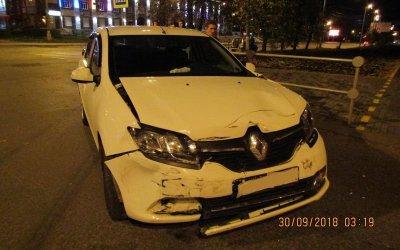 Три молодых человека пострадали в ДТП в Ижевске