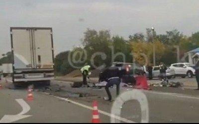 В ДТП с грузовиком в Успенском районе погибли двое мужчин и пострадал ребенок