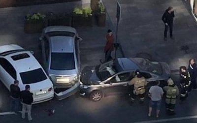 Умерший за рулем пенсионер устроил ДТП в Ростове