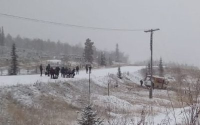 В Якутии опрокинулся автобус с пассажирами