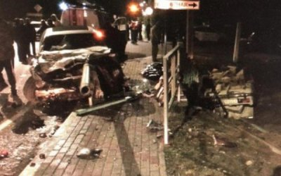 Водитель иномарки погиб в ДТП в Архипо-Осиповке