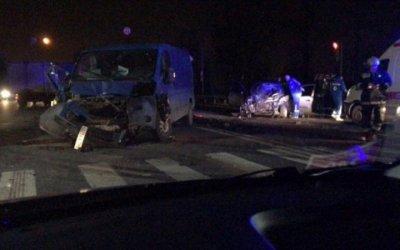 На Московском шоссе в Петербурге насмерть сбили водителя