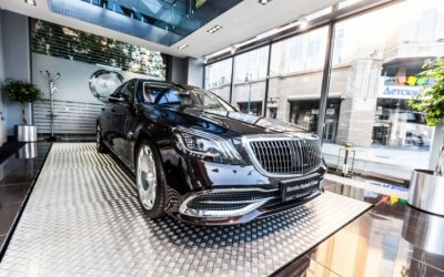 Первый двухцветный Mercedes-Maybach уже в АВИЛОН Воздвиженка!