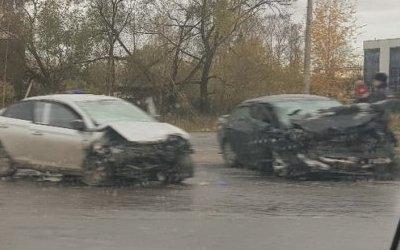 Три человека погибли в ДТП на Таллинском шоссе в Петербурге