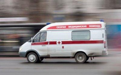 В Петербурге на переходе иномарка сбила женщину