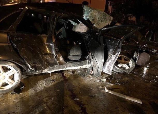 Два молодых человека погибли в ДТП с грузовиком в Анапе
