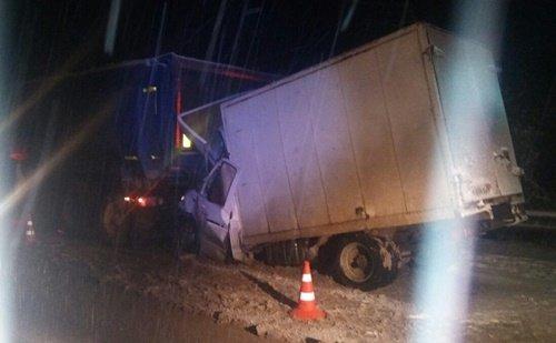 В Крыму в ДТП с грузовиками погиб водитель «Газели» (2)