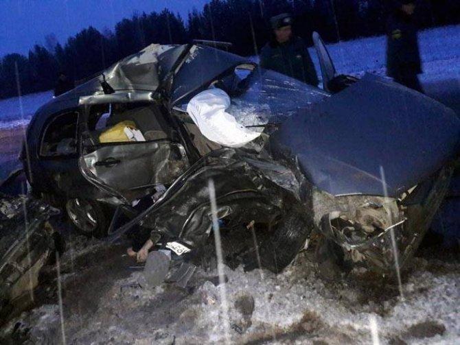Шесть человек погибли в ДТП в Башкирии (4)