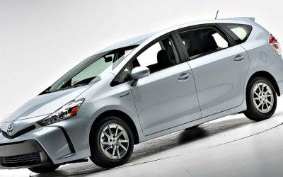 Вконце ноября будет представлена рестайлинговая Toyota Prius