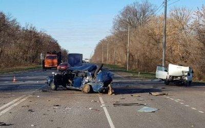 Мужчина погиб в тройном ДТП в Курской области