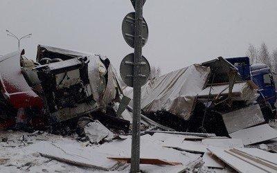В ДТП под Казанью погиб водитель большегруза