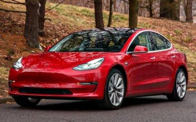 Клиенты электрокаров Tesla лишатся льгот руководства США