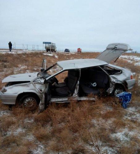 Женщина погибла в ДТП в Астраханской области (3)