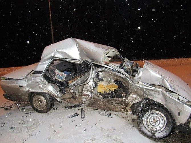 В Салавате в ДТП погиб водитель ВАЗа (1)