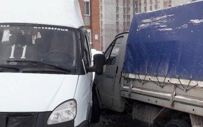 Четыре человека пострадали в ДТП с «Газелью» в Бердске