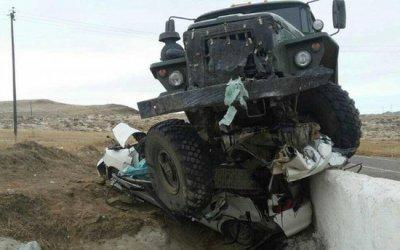 Два человека погибли в ДТП с грузовиком в Бурятии