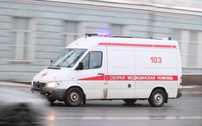 В Ленобласти опрокинулась иномарка с двумя детьми
