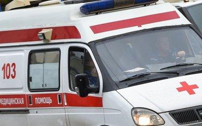 В Москве автомобиль сбил женщину с ребенком на переходе