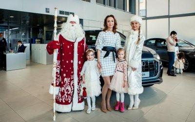 Новогодняя елка в АЦ Беляево