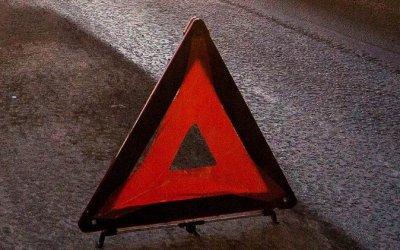 Четыре человека погибли в ДТП с грузовиком в Якутии