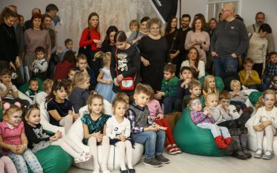 Новогодняя елка от АвтоСпецЦентр ŠKODA растопила горячие сердца юных поклонников чешского бренда
