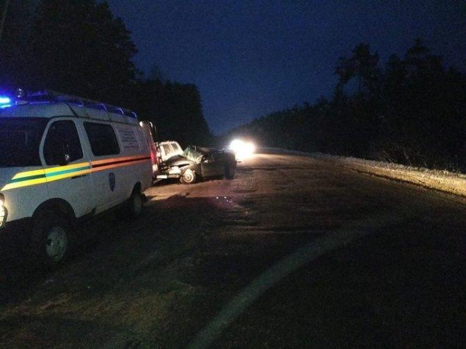 Под Тверью в ДТП погибли два человека (4)