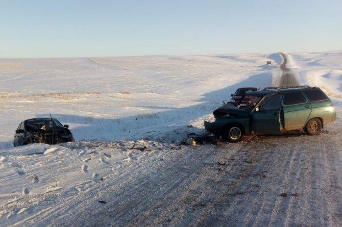 В Башкирии в ДТП с двумя ВАЗами погиб водитель (1)