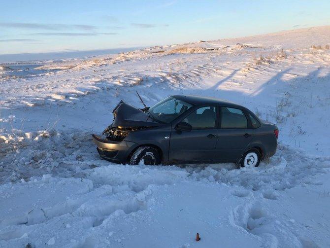 В Башкирии в ДТП с двумя ВАЗами погиб водитель (2)