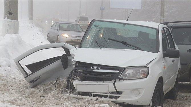 Трое взрослых и ребенок пострадали в ДТП в Тольятти (4)