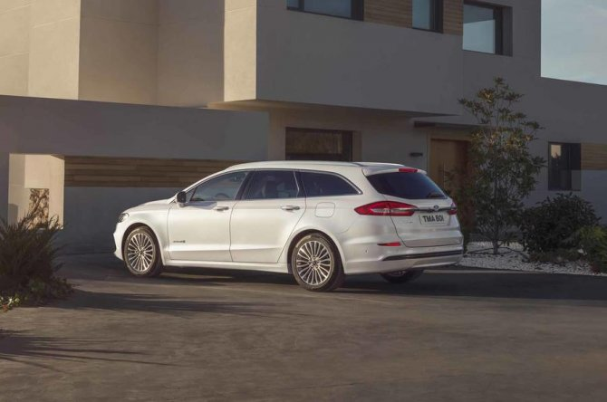 New 2019 Ford Mondeo 4