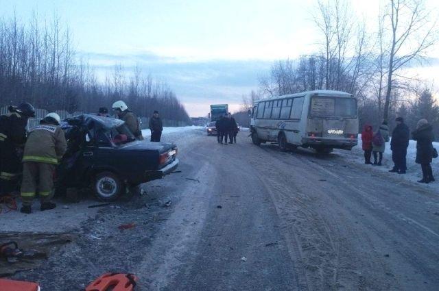 В Котласе в ДТП погиб водитель легковушки (2)