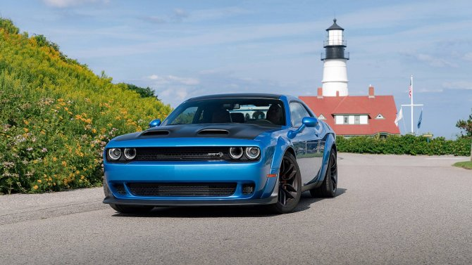 Dodge Challenger 24