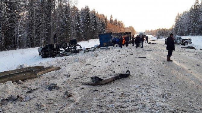 Два человека погибли в ДТП под Вельском (2)