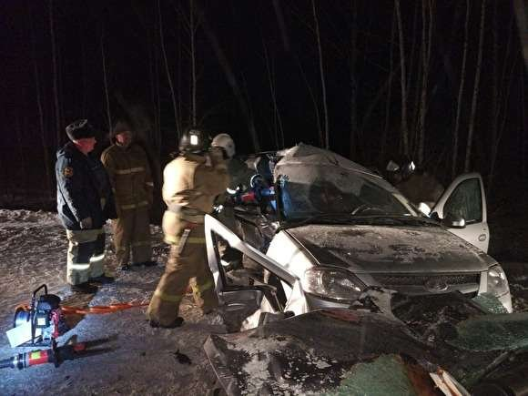 Один человек погиб и пятеро пострадали в ДТП под Кировградом (2)