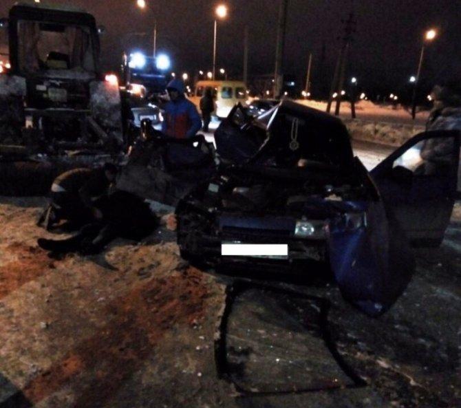В Тольятти в ДТП с трактором погибла девушка