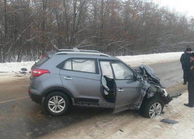 Женщина погибла в ДТП под Курском
