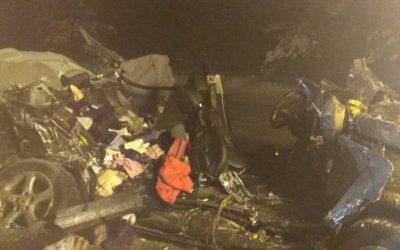В Брянской области в ДТП с фурой погибли родители 6-летней девочки