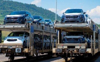 Автомобилей в Россию ввозится мало, но зато японских и немецких
