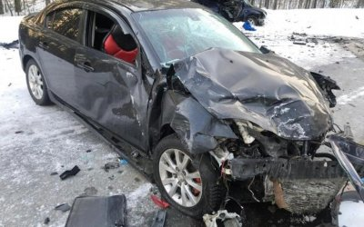 Девушка погибла в ДТП с двумя «Маздами» под Томском